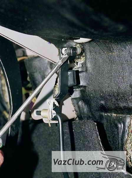 Фото №15 - снятие дроссельной заслонки ВАЗ 2110