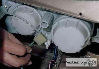 Замена лампы в ваз 2110