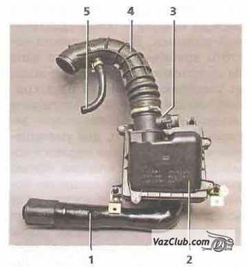 подвод воздуха к дроссельному узлу