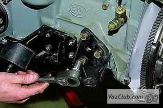 Подробное описание разборки и сборки двигателя на ниве.